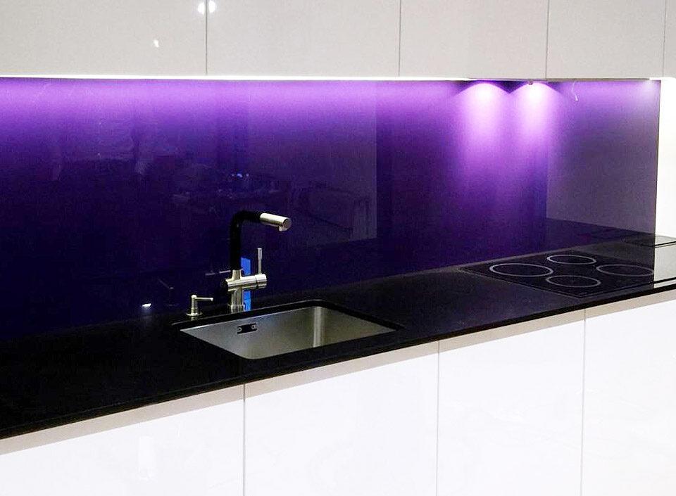 6 2 960x705 - Чёрная кухонная столешница из акрилового камня